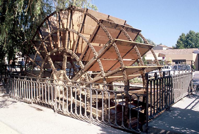 Machine énergétique dite roue hydraulique