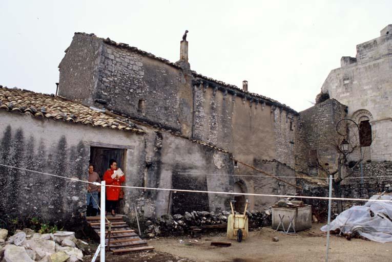 château (ancien), logis seigneurial, rotonde