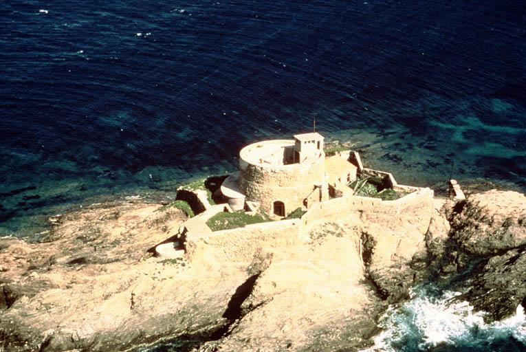 fort du Petit Langoustier (ancien)