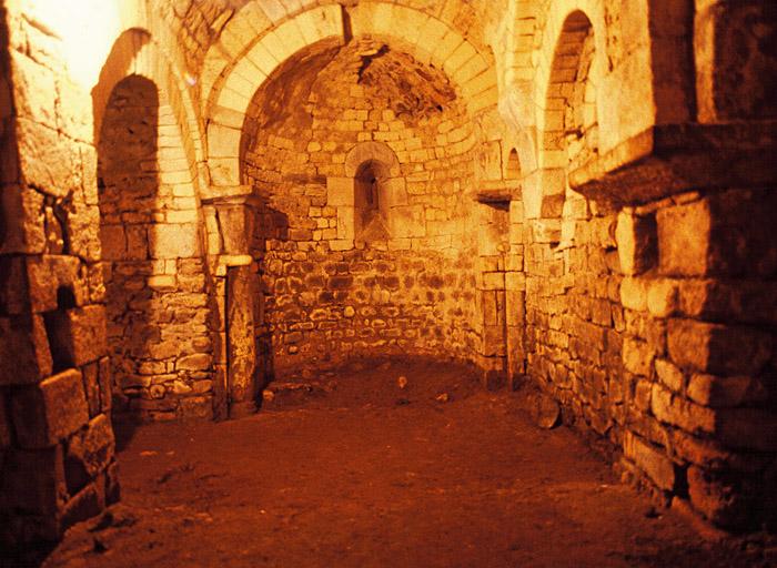 crypte de Vilhosc, prieuré de Vilhosc (ancien)