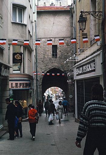 fortification d'agglomération, enceinte urbaine, porte Soubeyran