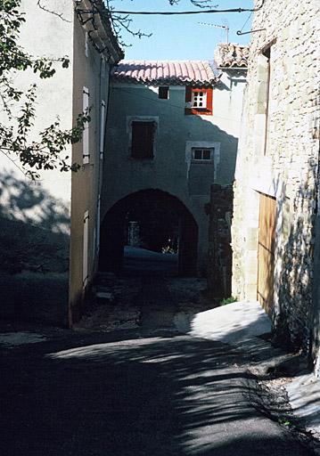 fortification d'agglomération, Portail des Moures, enceinte urbaine