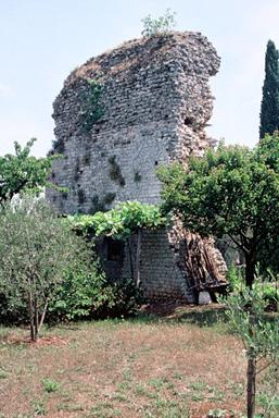 Monument romain dit La Tour de la Chèvre d'Or