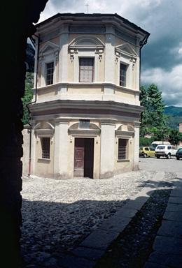 Chapelle des Pénitents Blancs ou chapelle Saint-Michel