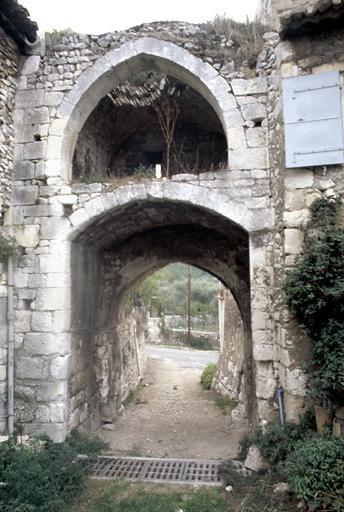 Porte d'Orthet, fortification d'agglomération