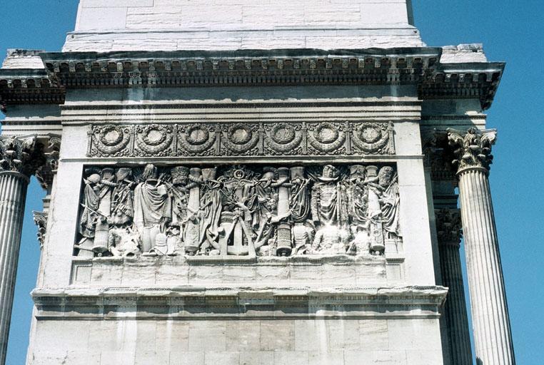 Arc de triomphe de la Porte d'Aix