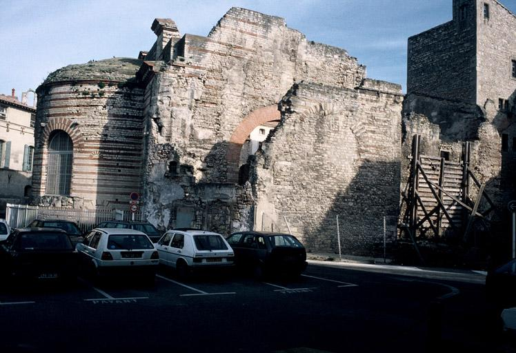 Site archéologique, thermes de Constantin