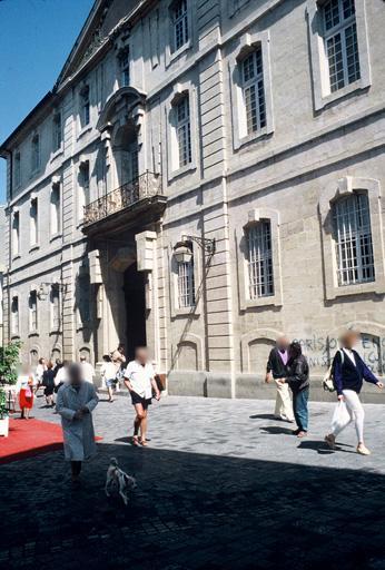 Maison dite Collège des Jésuites (ancien), museon Arlaten, hôtel Laval de Castellane (ancien)
