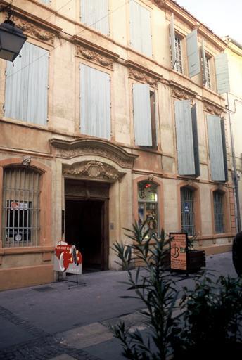 Hôtel Perrin de Jonquières