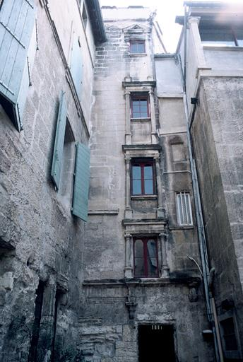 Hôtel Laugier de Montblanc, maison Genin
