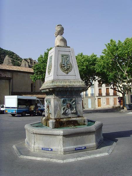 Monument aux insurgés de 1851, fontaine de la République, monument du 4 septembre 1851