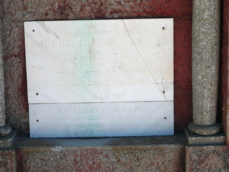 Monument commémoratif à Isodore Blanc