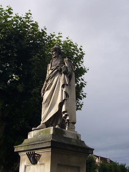 Monument au baron de Ladoucette