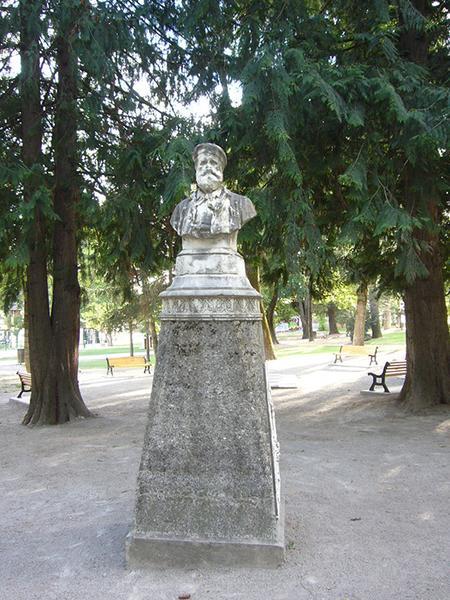 Monument à Jean-Esprit Marcellin