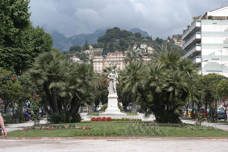 Monument commémoratif du rattachement de Menton à la France