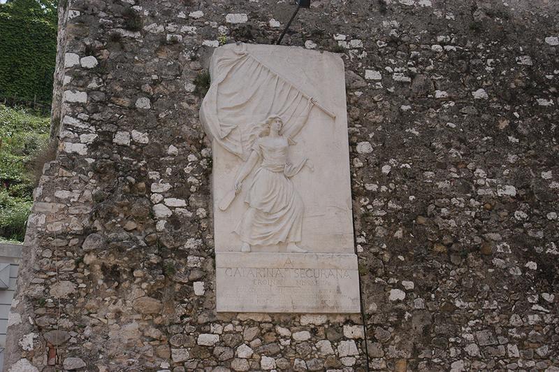Monument commémoratif à Catherine Ségurane