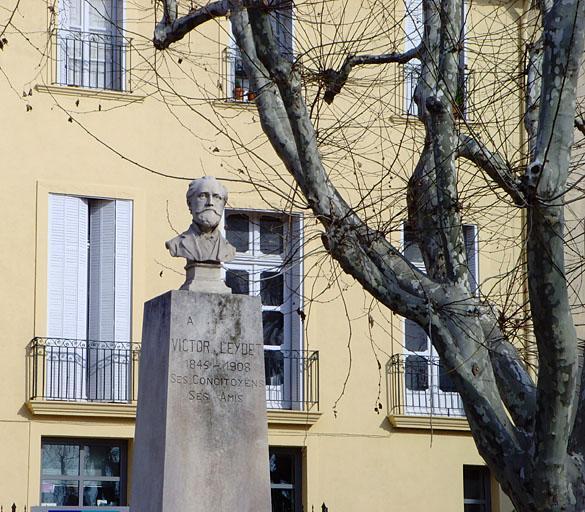 Monument à Victor Leydet