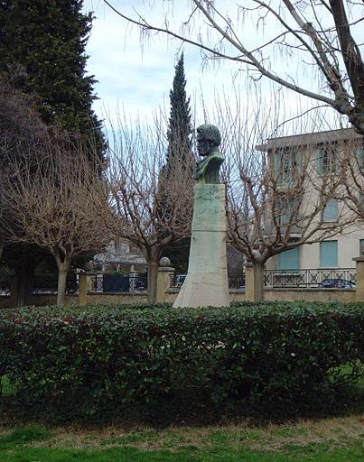 Monument à Emile Zola