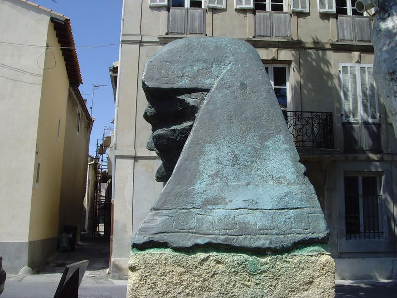 Monument à Auguste Chabaud