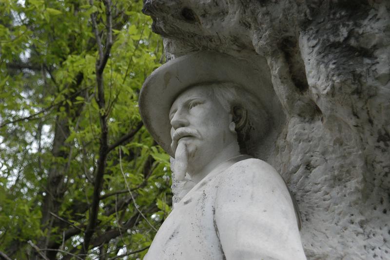 Monument à Mistral