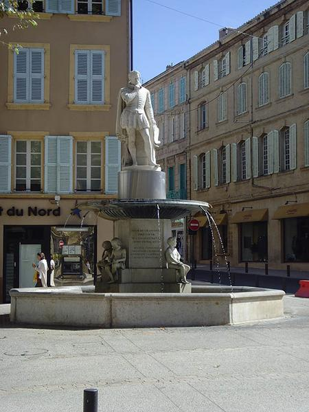 Monument à Adam de Craponne