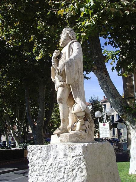 Monument à Nostradamus