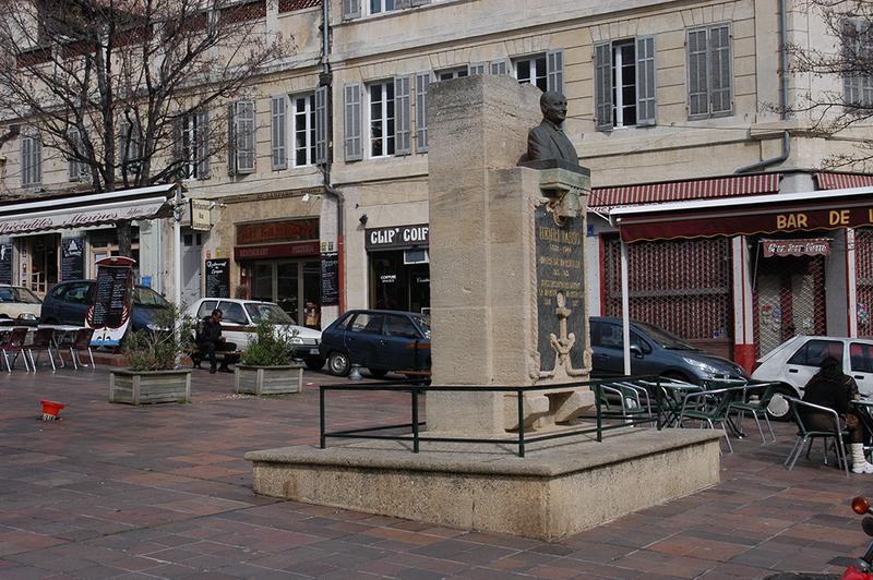 Monument à Henri Tasso