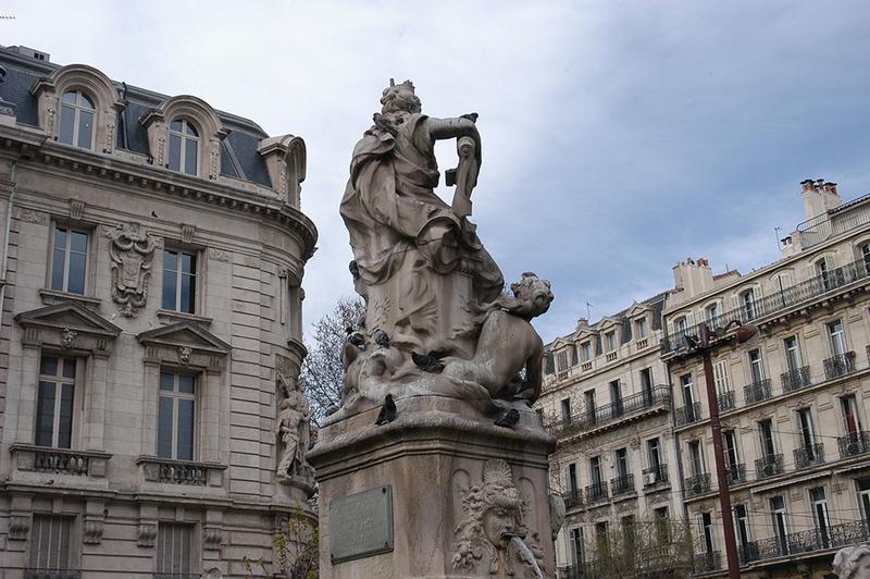 Fontaine Estrangin