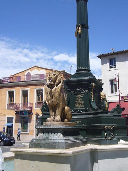 Monument commémoratif à l'arrivée des eaux