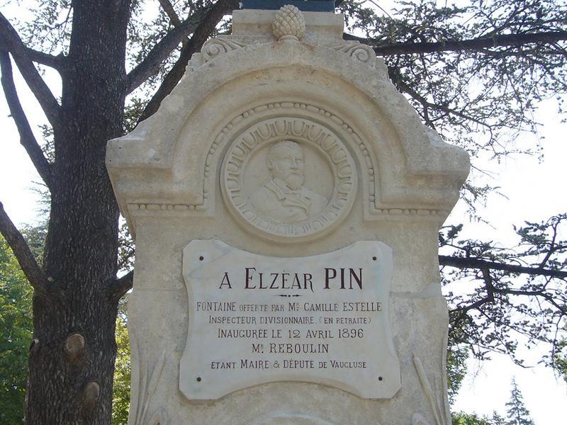Monument commémoratif à Elzéar Pin