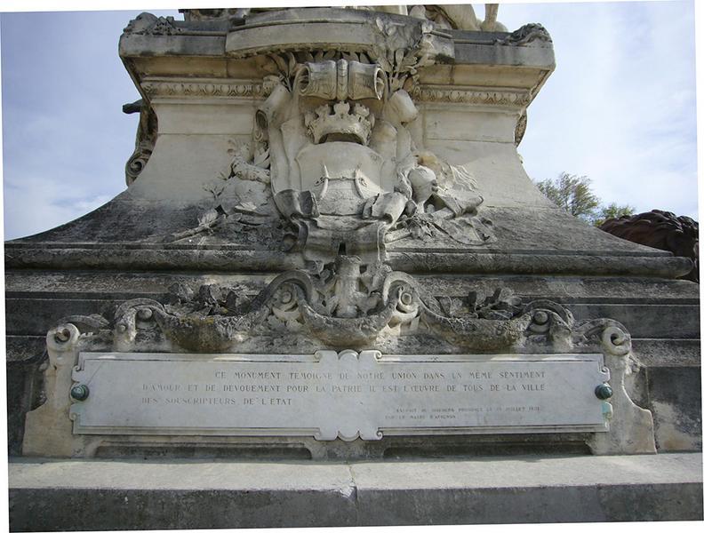 Monument commémoratif du rattachement du Comtat Venaissin à la France, monument du centenaire