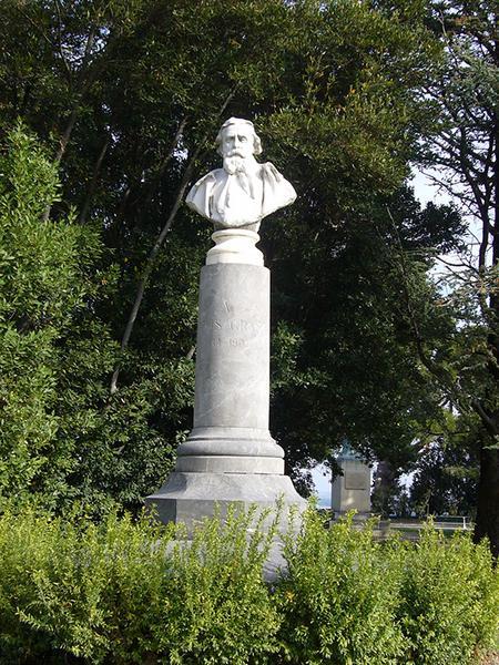 Monument commémoratif à Félix Gras