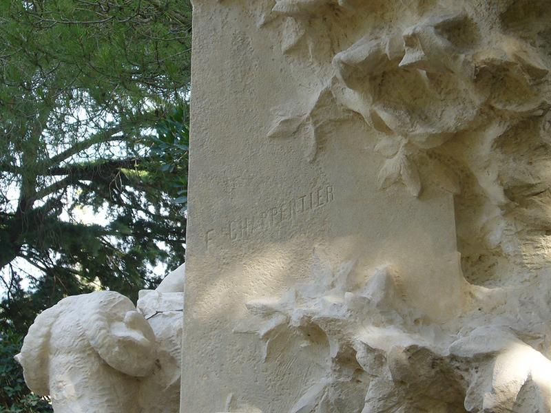 Monument commémoratif à Paul Vayson
