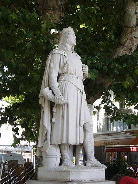Monument commémoratif à Raimbaud II