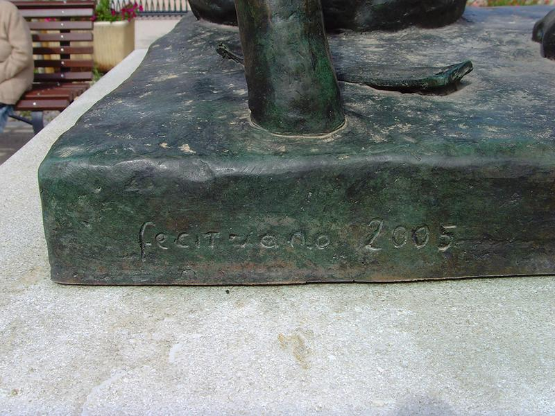 Monument commémoratif à Jean Althen, statue