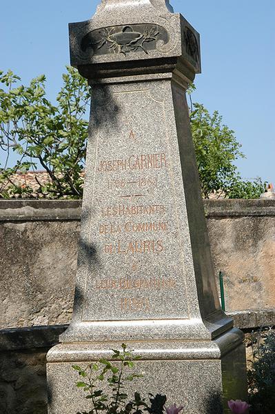 Monument commémoratif à Joseph Garnier