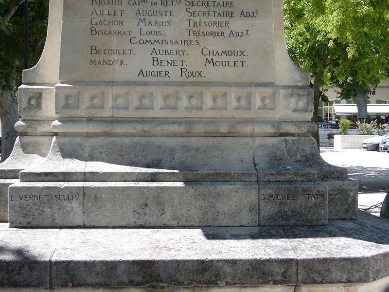 Monument aux morts de la guerre de 1870, monument aux Mobiles