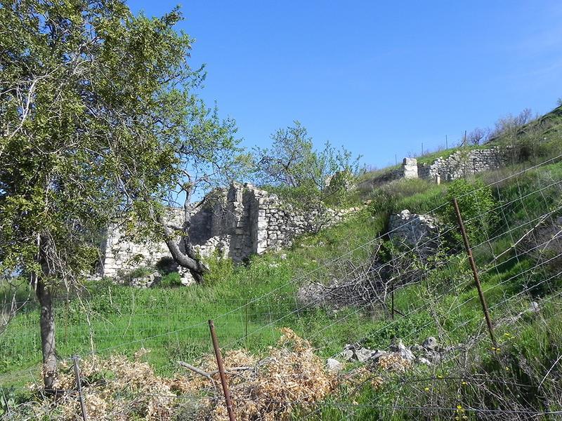 Ancien village du Puy Sainte-Réparade dit Domaine de la Quille