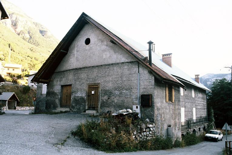 cellier dit de la maison Planche (ancien), ancien pressoir