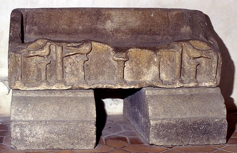sarcophage, vue générale