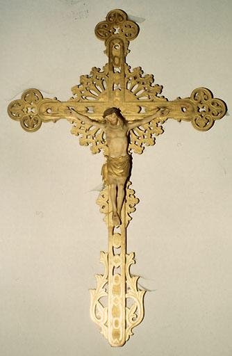croix de procession ; statue, vue générale