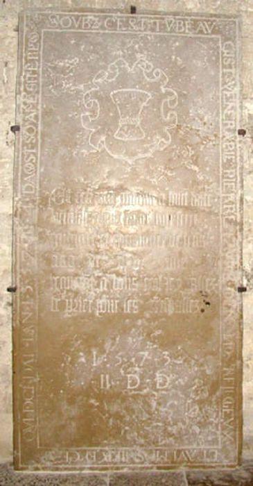 dalle funéraire de Pierre Favre et de Claude Favre, son frère, vue générale