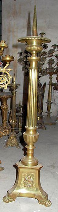chandelier (garniture d'autel)