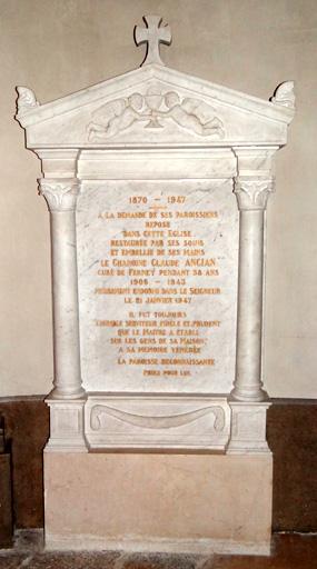 Plaque commémorative : À la mémoire du chanoine Claude Ancian