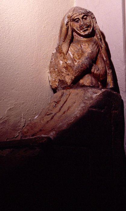 statuette : Vierge de Pitié