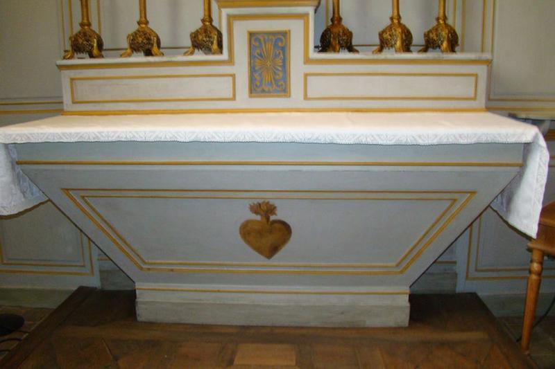 Autel, gradin d'autel et faux tabernacle