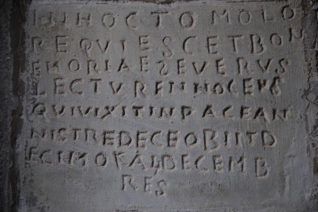 plaque commémorative, vue générale