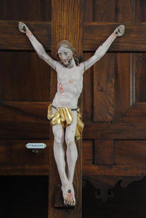 Statue : Christ d'une croix de confrérie