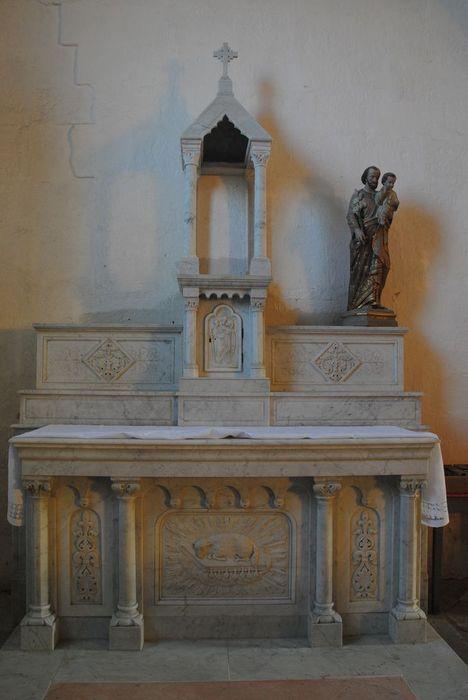 Statue et niche : saint Joseph