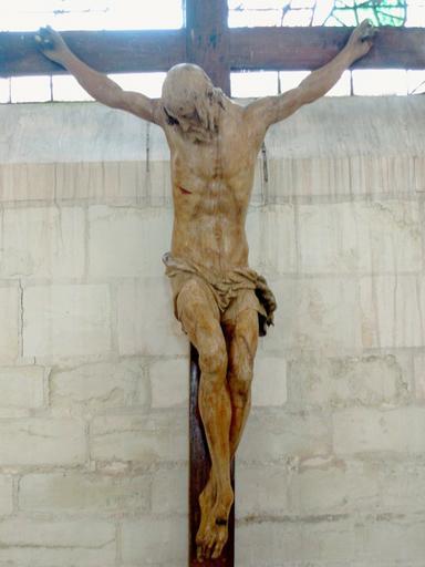 Sculpture : Christ en croix